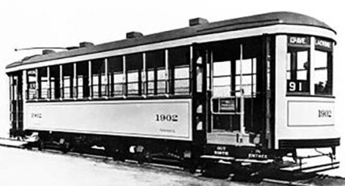 Tramway_a_un_seul_employe_Montreal